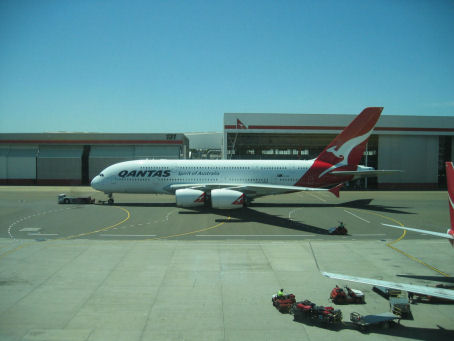 20091101_A380_02_small