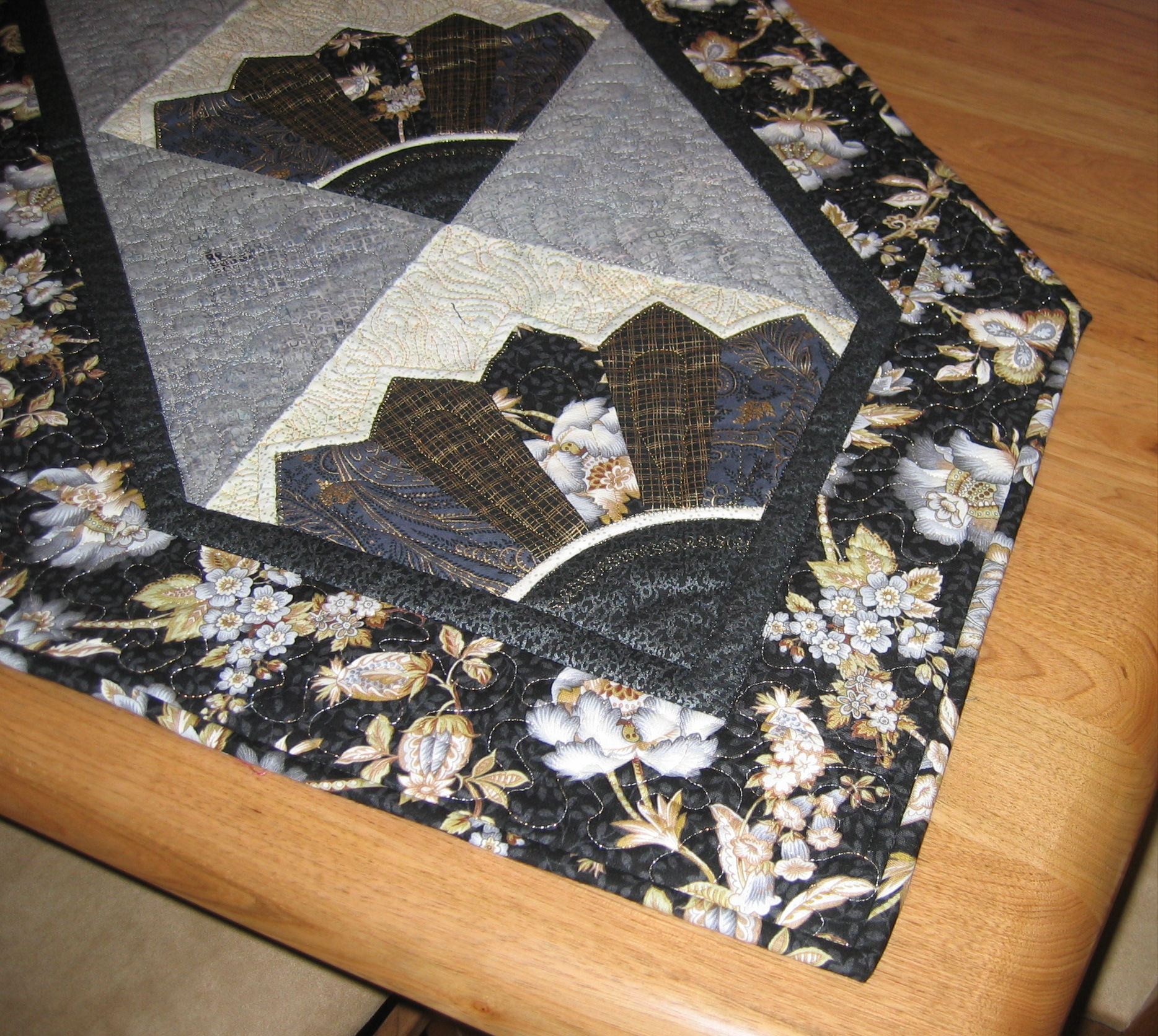 Black And Gold Table Runner Finished Rhonda Bracey At Random