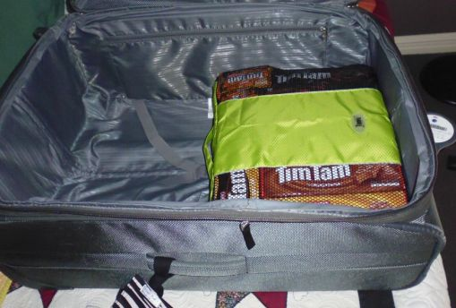 suitcase_timtams_04