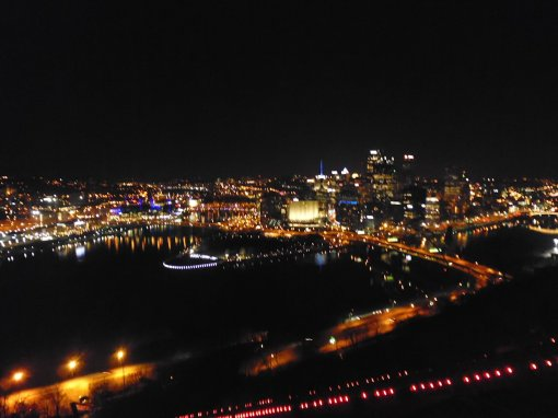 Pittsburgh at night from Mt Washington. The red lights light the Duquesne Incline