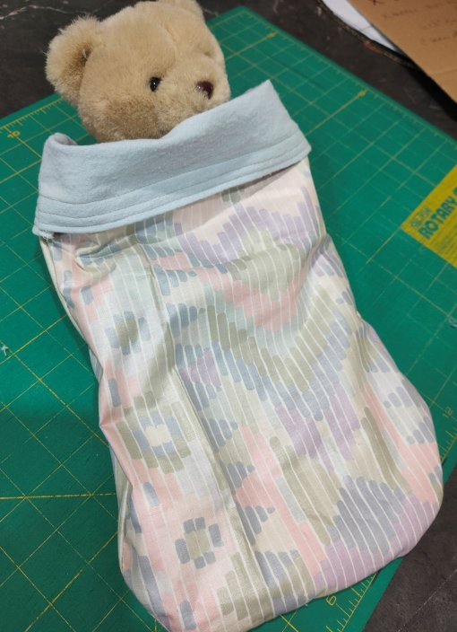 Small wildlife pouch, with 3 removable liners (spares for when others are being washed -- frightened little animals poop... a lot)